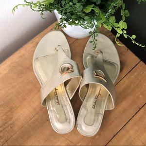 [Salvatore Ferragamo] Gold Enfola Thongs - Size 7